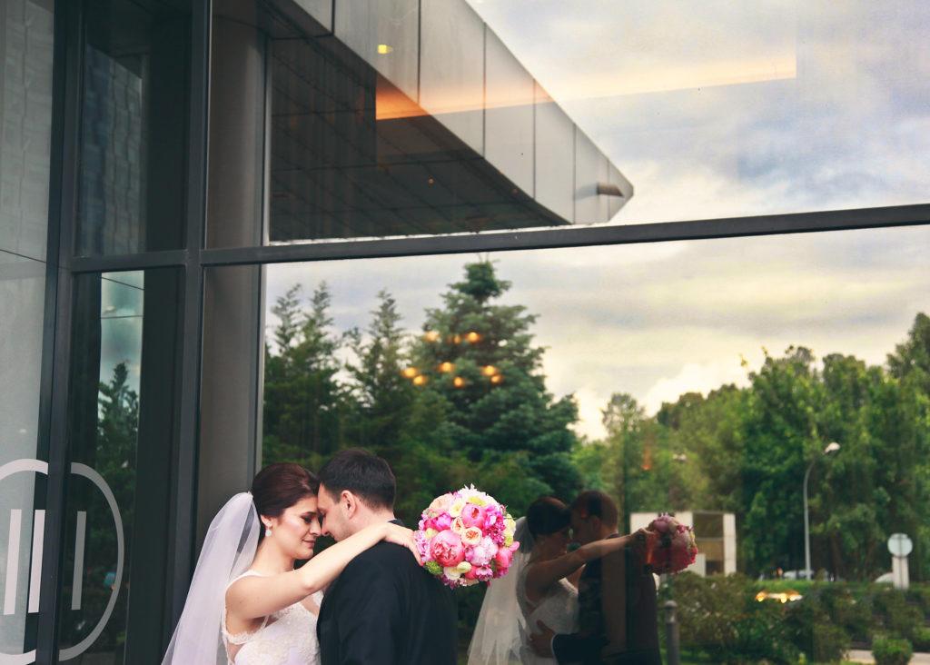 Hochzeitshooting im eigenen Garten in Muenchen