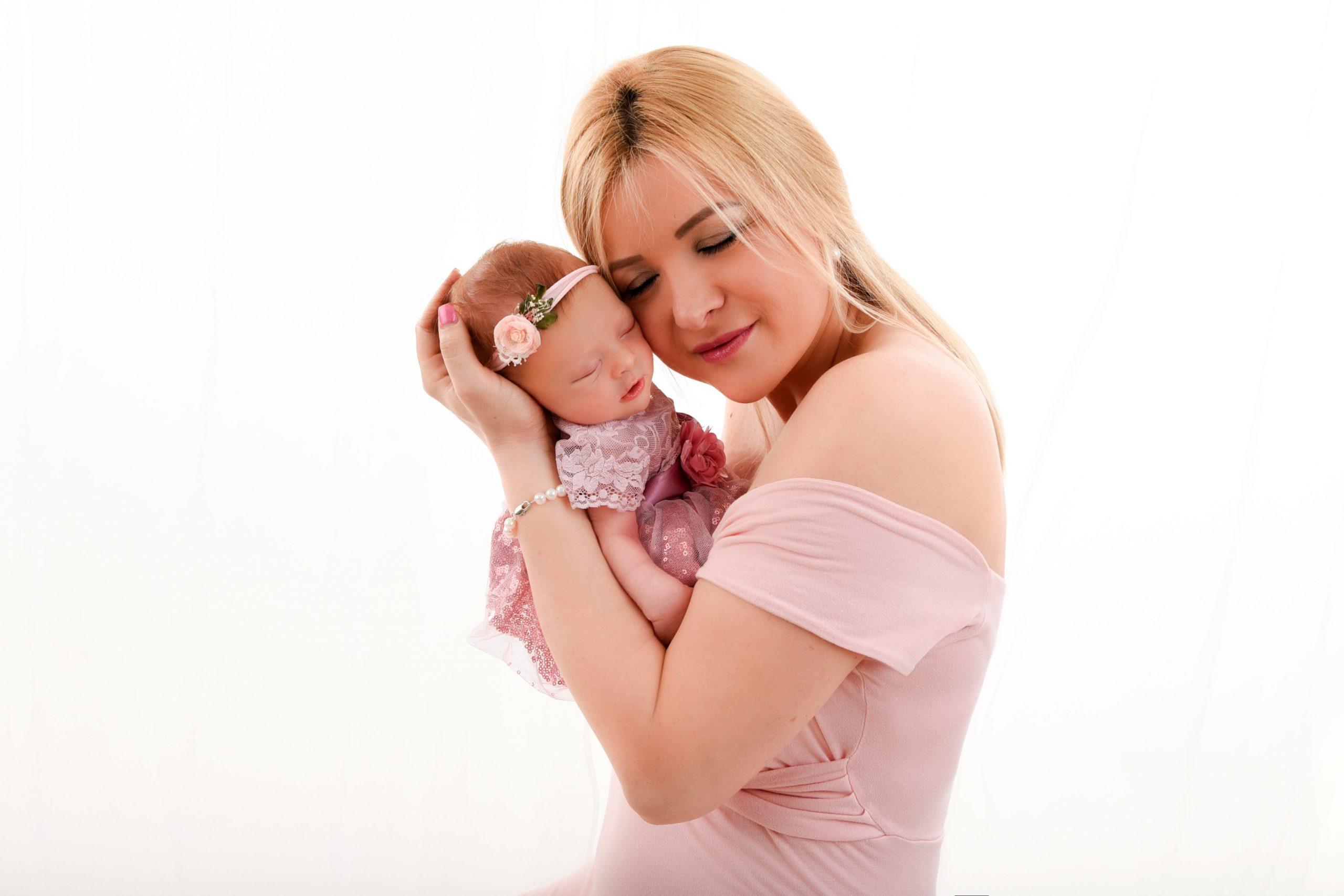 neugeborenen-shooting-mit-Mutter-Portfolio1